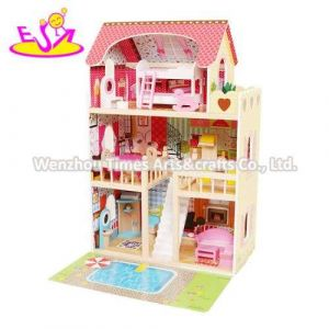 New Released Kids Lighting Wooden Doll House with Garden W06A333e
