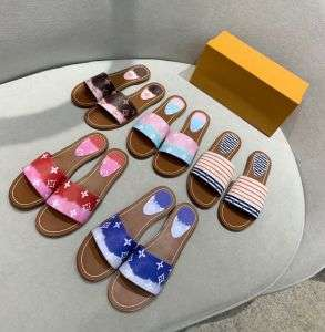 New Flat Bottomtowing, Fabric Classic Classic Monogram Inside Sheep L! ! V Ladies Sandals Lady Slippers Fashion Shoes Women Slippers 110