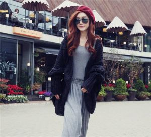 Black Color Fashion Style Plus Size Bat Sleeve Knitted Wool Cardigan (66180)