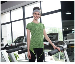 New Design Quick Dry OEM Custom Fit Yoga Sport  Green Color T Shirt